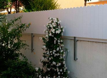 Cerramientos y carpinter a de aluminio en tarragona salou for Valla jardin pvc
